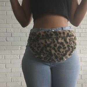 Handbags - Cheetah Print Fur Fanny🐈